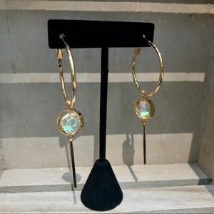 Jewelry - Gold fashion earrings with bead dangle